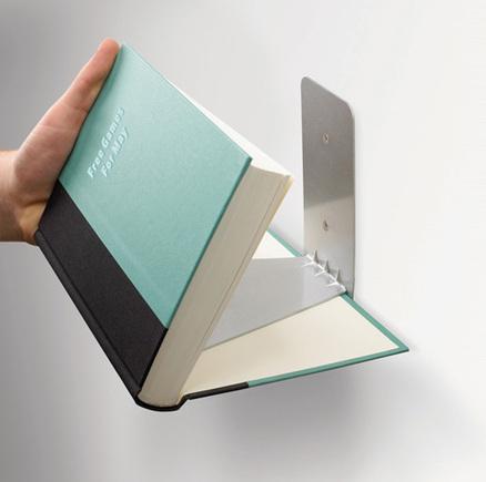 Estantería invisible para libros pequeños
