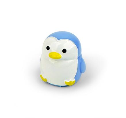 Brillo de labios con forma de pingüino