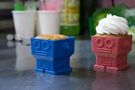 Molde pastel con forma de robot