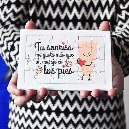 Puzzle cartón 24 piezas Tu sonrisa me gusta más que un masaje de pies