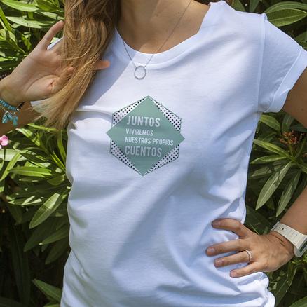 Camiseta original Juntos viviremos nuestros propios cuentos para mujer
