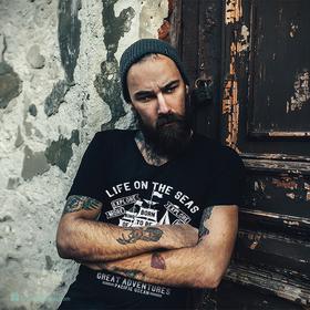 Camiseta Life on the seas para hombre personalizable