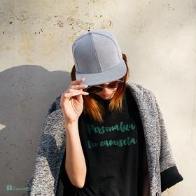 Camiseta con mangas enrolladas negra personalizada con foto para mujer