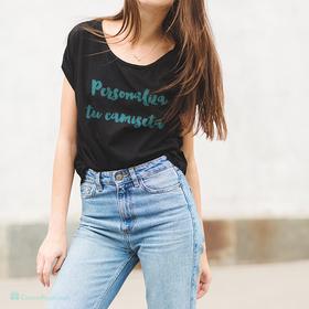 Camiseta amplia escote redondo negra personalizada con foto para mujer