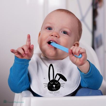 Babero blanco para bebés Magia potagia